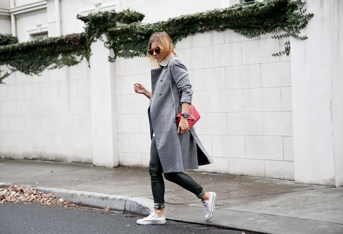 grey outfit in autumn