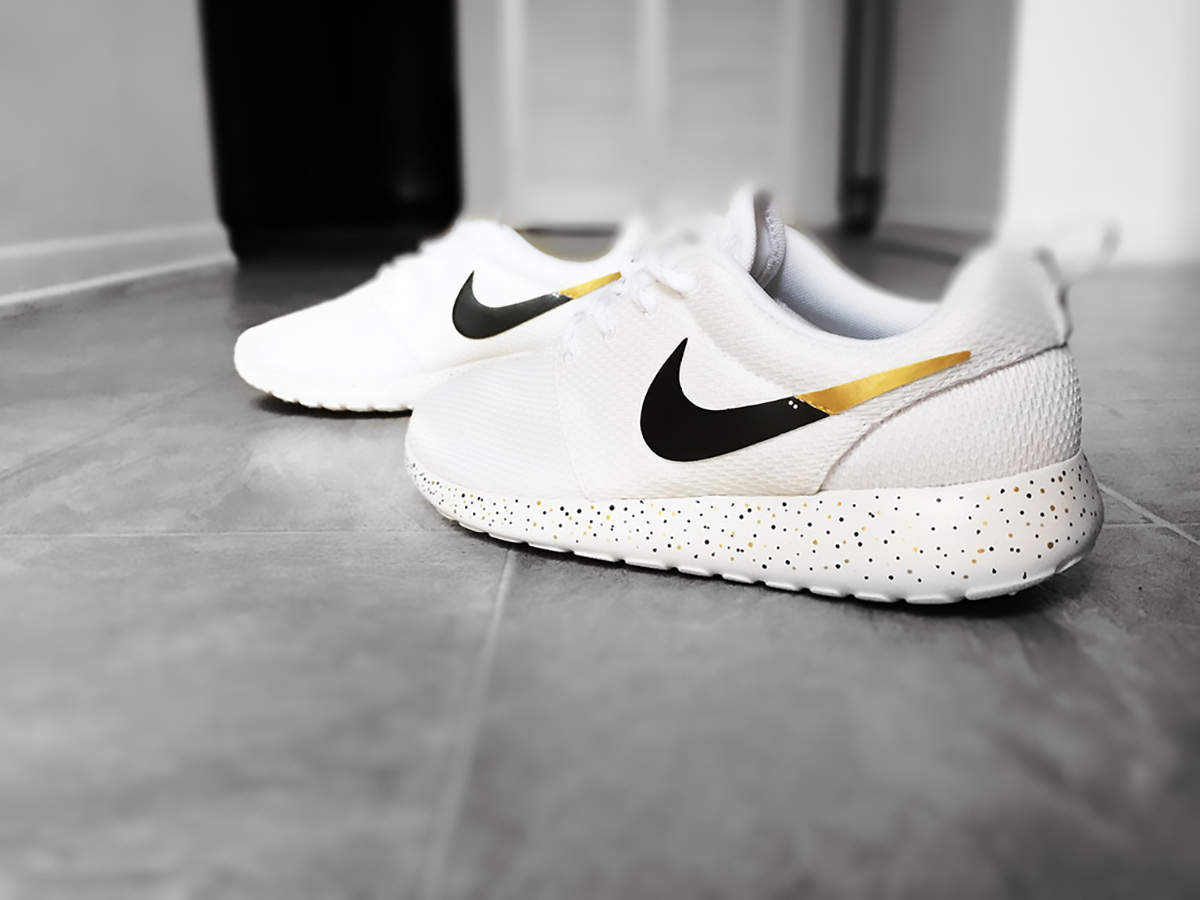 nike black sneakers with givenchy bag gold and white roshe nike sneakers