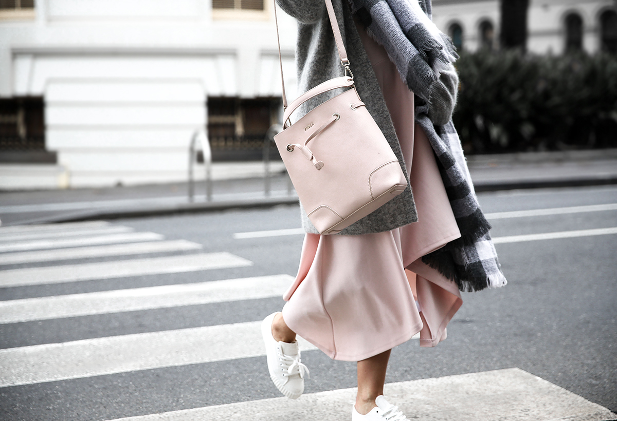 Fashion blogger Lisa Hamilton from See Want Shop wearing The Fifth Label dress, Furla bucket bag & Acne Studios knit cardigan on sale at Cyber Monday