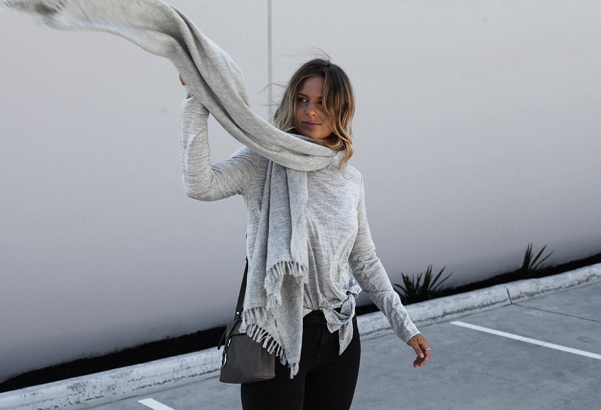 Style blogger Lisa Hamilton from See Want Shop wearing Country Road grey woolen scarf